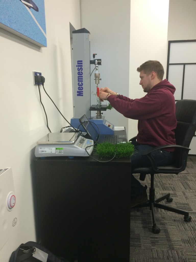 Tuft Withdrawal ISO 4919 & Carpet tensile strength EN 12230 artificial grass testing @ Surface Performance Ltd
